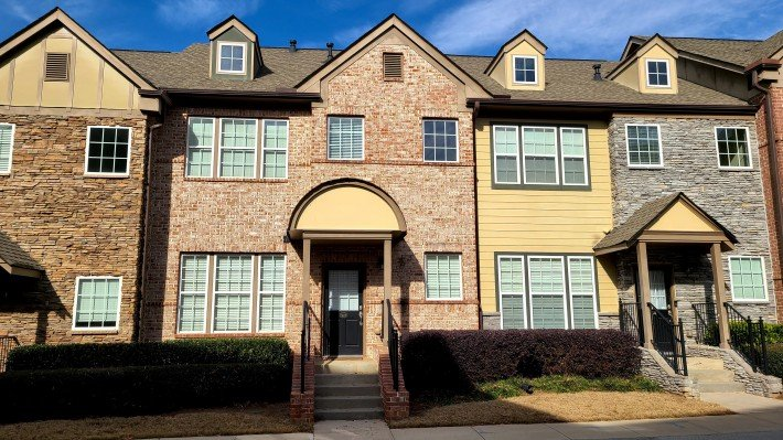 property_image - House for rent in Brookhaven, GA